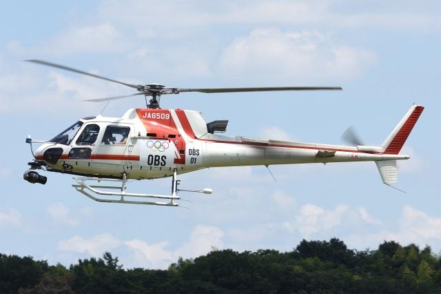 =JAかみんD=さんが、調布飛行場で撮影した朝日航洋 AS350B3 Ecureuilの航空フォト(飛行機 写真・画像)