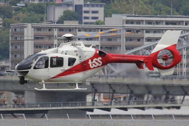 MOR1(新アカウント)さんが、広島へリポートで撮影した中日本航空 EC135P2+の航空フォト(飛行機 写真・画像)