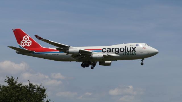 raichanさんが、成田国際空港で撮影したカーゴルクス・イタリア 747-4R7Fの航空フォト(飛行機 写真・画像)