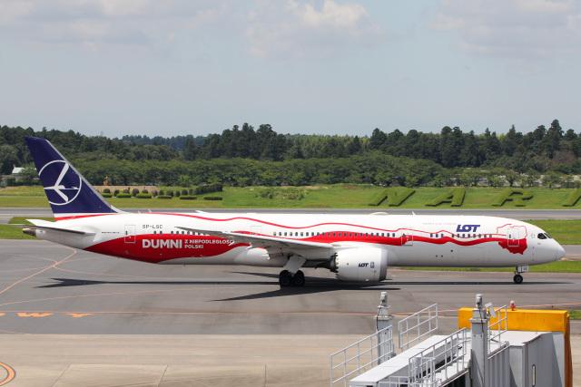 かっちゃん✈︎さんが、成田国際空港で撮影したLOTポーランド航空 787-9の航空フォト(飛行機 写真・画像)