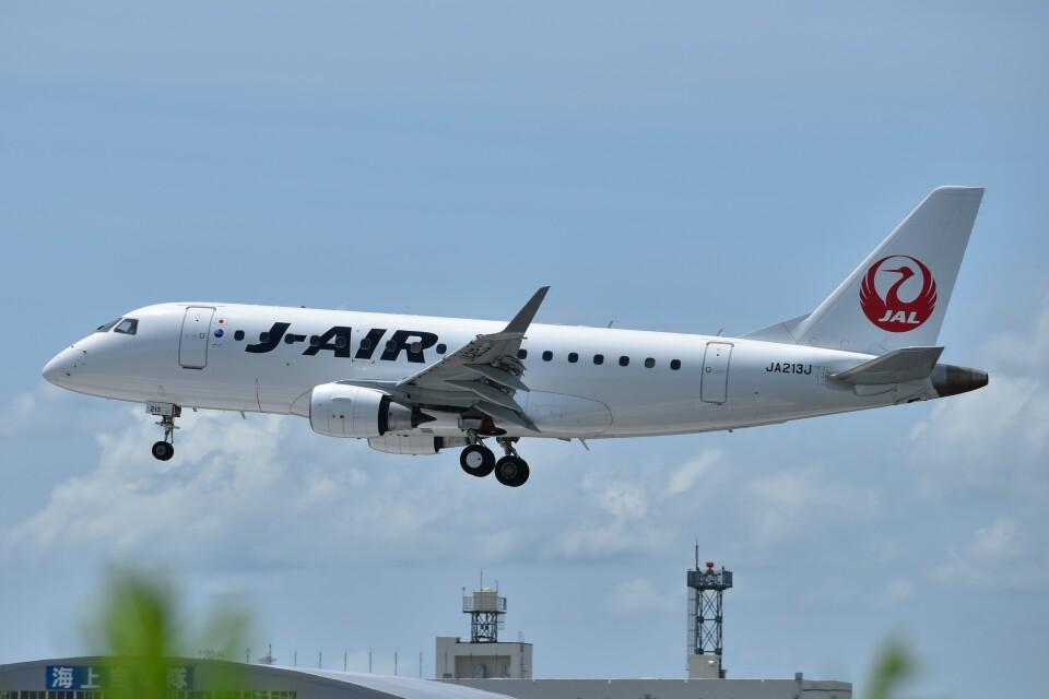 Ryo-TKSさんのジェイエア Embraer 170 (JA213J) 航空フォト