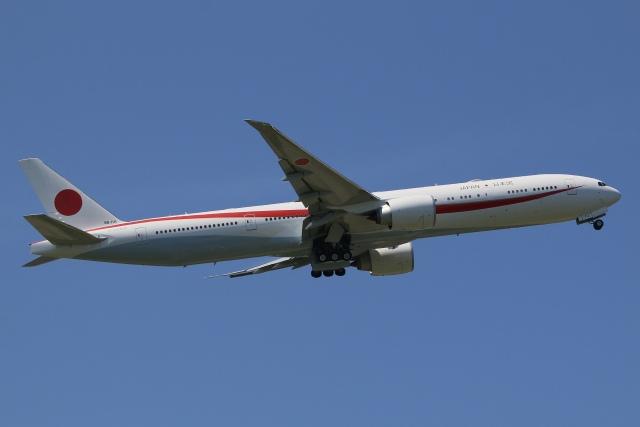 JP4さんが、米子空港で撮影した航空自衛隊 777-3SB/ERの航空フォト(飛行機 写真・画像)