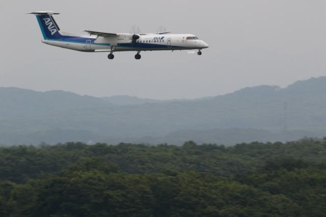 GNPさんが、新千歳空港で撮影したANAウイングス DHC-8-402Q Dash 8の航空フォト(飛行機 写真・画像)