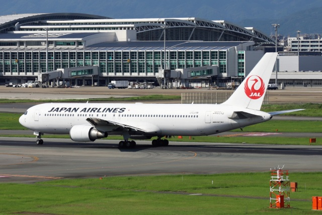kan787allさんが、福岡空港で撮影した日本航空 767-346/ERの航空フォト(飛行機 写真・画像)
