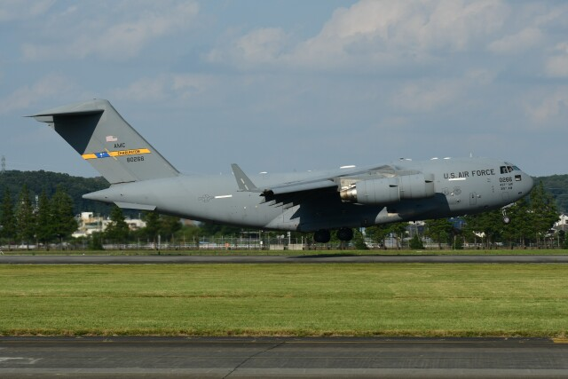 N.tomoさんが、横田基地で撮影したアメリカ空軍 C-17A Globemaster IIIの航空フォト(飛行機 写真・画像)