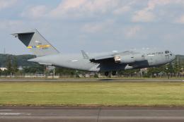 シン・マリオ先輩さんが、横田基地で撮影したアメリカ空軍 C-17A Globemaster IIIの航空フォト(飛行機 写真・画像)