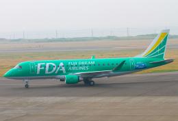 M.Chihara_1さんが、稚内空港で撮影したフジドリームエアラインズ ERJ-170-200 (ERJ-175STD)の航空フォト(飛行機 写真・画像)