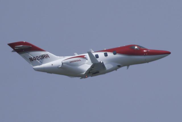 Sharp Fukudaさんが、羽田空港で撮影したアメリカ企業所有 HA-420の航空フォト(飛行機 写真・画像)