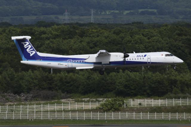 Sharp Fukudaさんが、新千歳空港で撮影したANAウイングス DHC-8-402Q Dash 8の航空フォト(飛行機 写真・画像)