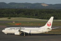 Sharp Fukudaさんが、新千歳空港で撮影した日本航空 737-846の航空フォト(飛行機 写真・画像)