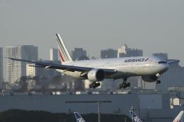 Sharp Fukudaさんが、羽田空港で撮影したエールフランス航空 777-328/ERの航空フォト(飛行機 写真・画像)