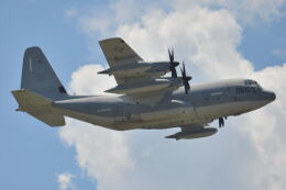 350JMさんが、横田基地で撮影したアメリカ海兵隊 KC-130J Herculesの航空フォト(飛行機 写真・画像)