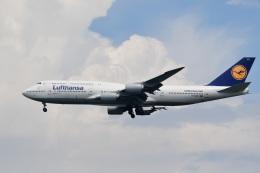 くまモンだぞーんさんが、羽田空港で撮影したルフトハンザドイツ航空 747-830の航空フォト(飛行機 写真・画像)
