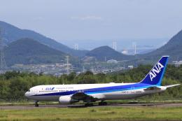 TAK_HND_NRTさんが、高松空港で撮影した全日空 767-381/ERの航空フォト(飛行機 写真・画像)