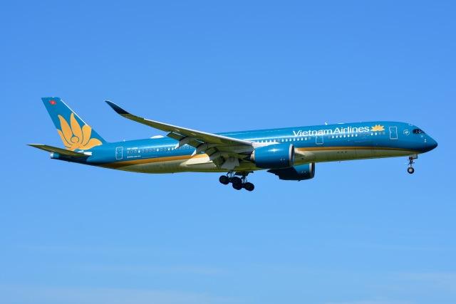 あまるめさんが、成田国際空港で撮影したベトナム航空 A350-941の航空フォト(飛行機 写真・画像)