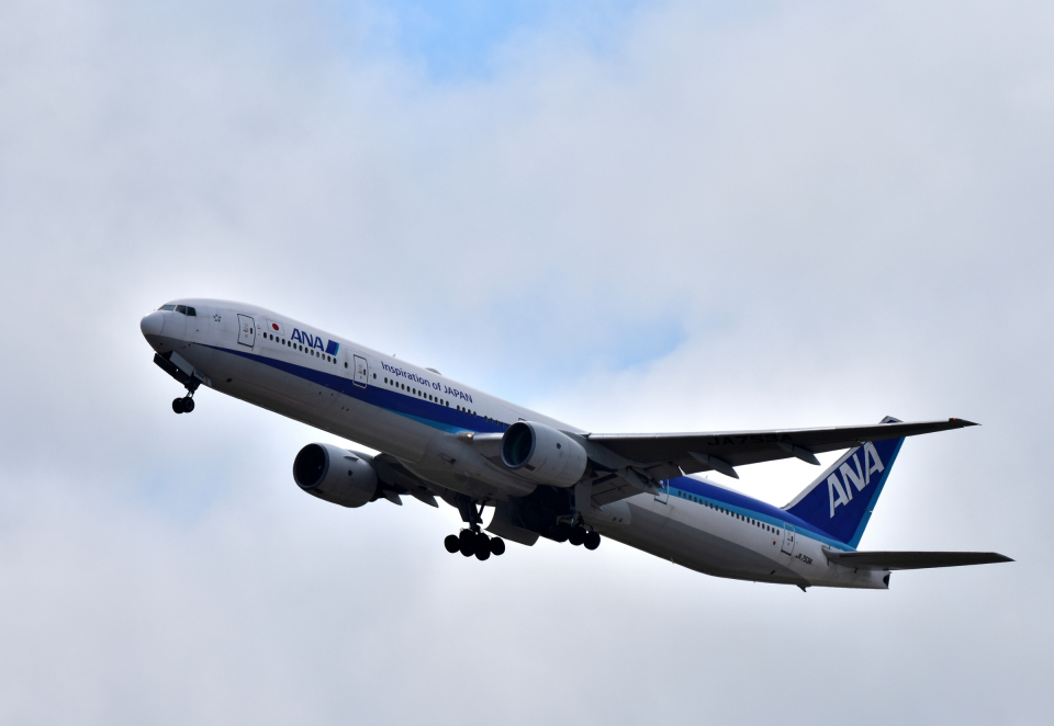 Take51さんの全日空 Boeing 777-300 (JA753A) 航空フォト