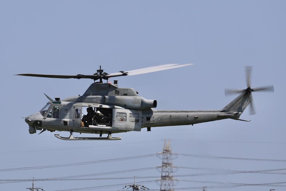 Hii82さんのアメリカ海兵隊 Bell UH-1 Iroquois / Huey (167804) 航空フォト
