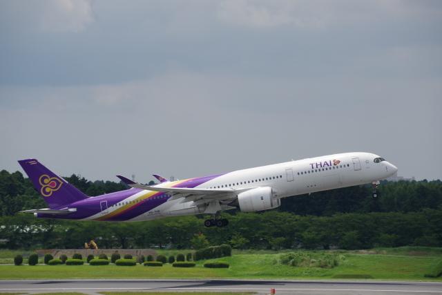 JA8037さんが、成田国際空港で撮影したタイ国際航空 A350-941の航空フォト(飛行機 写真・画像)