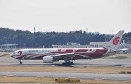 チャーリーマイクさんが、成田国際空港で撮影した中国国際航空 777-2J6の航空フォト(飛行機 写真・画像)