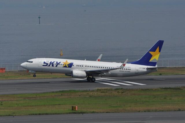 kumagorouさんが、羽田空港で撮影したスカイマーク 737-81Dの航空フォト(飛行機 写真・画像)