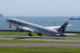 航空フォト:A7-BAK カタール航空 777-300