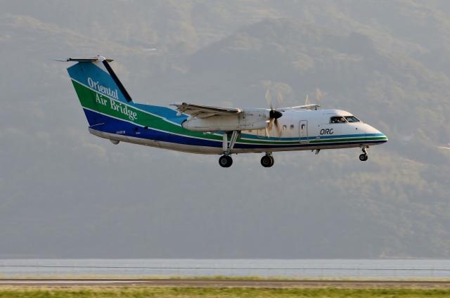 TA27さんが、長崎空港で撮影したオリエンタルエアブリッジ DHC-8-201Q Dash 8の航空フォト(飛行機 写真・画像)