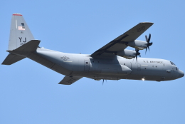 jun☆さんが、横田基地で撮影したアメリカ空軍 C-130J-30 Herculesの航空フォト(飛行機 写真・画像)