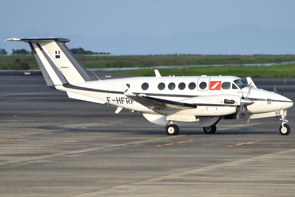 jun☆さんのフランス企業所有 Beechcraft 200 Super King Air (F-HFRF) 航空フォト