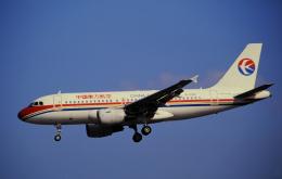 チャーリーマイクさんが、福岡空港で撮影した中国東方航空 A319-112の航空フォト(飛行機 写真・画像)