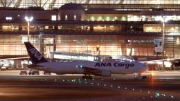 誘喜さんが、羽田空港で撮影した全日空 767-381/ER(BCF)の航空フォト(飛行機 写真・画像)