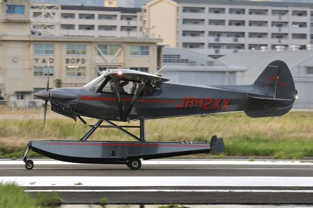 Hii82さんが、八尾空港で撮影したニセコ・アビエーション CC19-180 XCubの航空フォト(飛行機 写真・画像)