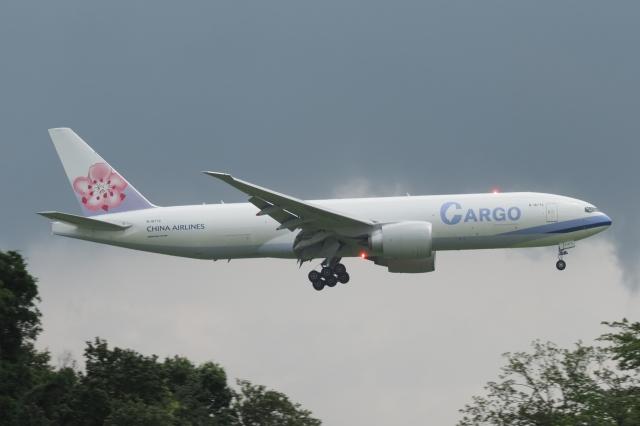 木人さんが、成田国際空港で撮影したチャイナエアライン 777-Fの航空フォト(飛行機 写真・画像)