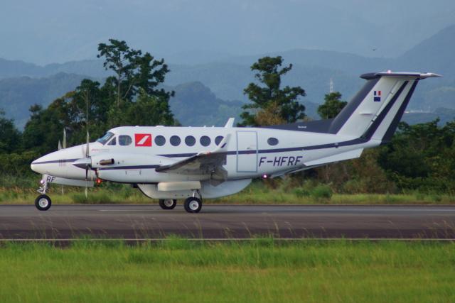 Dickiesさんが、静岡空港で撮影したフランス企業所有 200 Super King Airの航空フォト(飛行機 写真・画像)