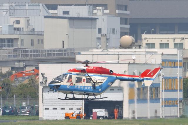 senyoさんが、東京ヘリポートで撮影した川崎市消防航空隊 BK117B-2の航空フォト(飛行機 写真・画像)