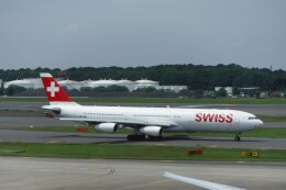 不揃いさんが、成田国際空港で撮影したスイスインターナショナルエアラインズ A340-313Xの航空フォト(飛行機 写真・画像)
