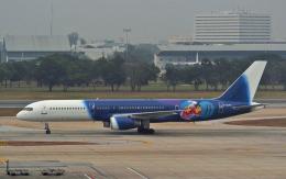 hs-tgjさんが、ドンムアン空港で撮影したタイタン エアウェイズ 757-2Y0の航空フォト(飛行機 写真・画像)
