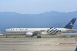 M.Tさんが、関西国際空港で撮影したベトナム航空 A350-941の航空フォト(飛行機 写真・画像)