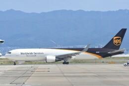 M.Tさんが、関西国際空港で撮影したUPS航空 767-34AF/ERの航空フォト(飛行機 写真・画像)