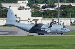 よっしぃさんが、嘉手納飛行場で撮影したアメリカ海兵隊 KC-130J Herculesの航空フォト(飛行機 写真・画像)