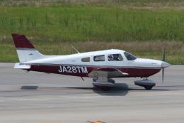 よっしぃさんが、神戸空港で撮影した日本個人所有 PA-28-181 Archer IIIの航空フォト(飛行機 写真・画像)