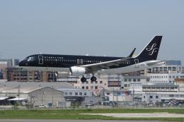 神宮寺ももさんが、福岡空港で撮影したスターフライヤー A320-214の航空フォト(飛行機 写真・画像)