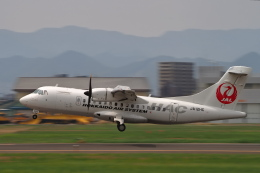 ここはどこ?さんが、札幌飛行場で撮影した北海道エアシステム ATR 42-600の航空フォト(飛行機 写真・画像)