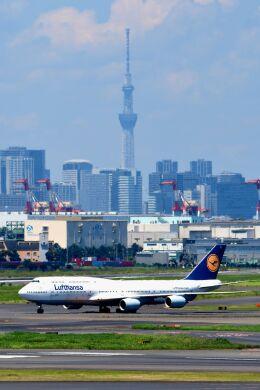 まいけるさんが、羽田空港で撮影したルフトハンザドイツ航空 747-830の航空フォト(飛行機 写真・画像)