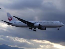 ケイエスワルツオーさんが、福岡空港で撮影した日本航空 767-346/ERの航空フォト(飛行機 写真・画像)