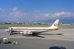 KOMAKIYAMAさんが、伊丹空港で撮影した日本航空 DC-8-53の航空フォト(飛行機 写真・画像)