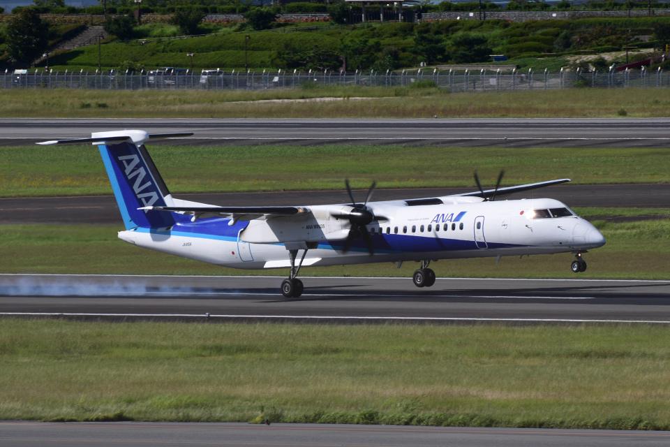 TOPAZ102さんのANAウイングス Bombardier DHC-8-400 (JA851A) 航空フォト