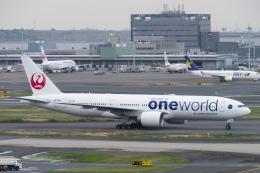 sakaki787さんが、羽田空港で撮影した日本航空 777-246/ERの航空フォト(飛行機 写真・画像)