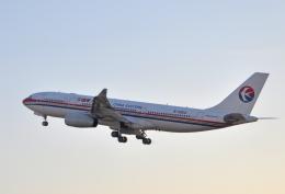 チャーリーマイクさんが、成田国際空港で撮影した中国東方航空 A330-243の航空フォト(飛行機 写真・画像)