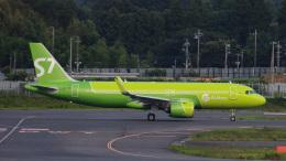 Bluewingさんが、成田国際空港で撮影したS7航空 A320-271Nの航空フォト(飛行機 写真・画像)