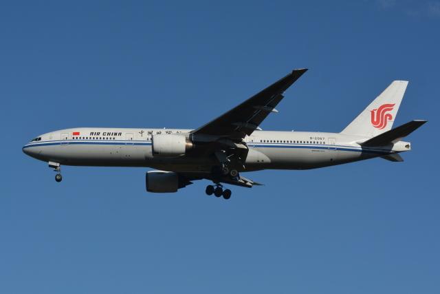 Deepさんが、成田国際空港で撮影した中国国際航空 777-2J6の航空フォト(飛行機 写真・画像)